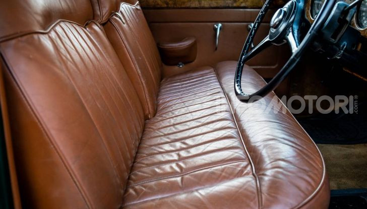 Bentley, non solo SUV: ecco il pick-up di lusso - Foto 8 di 23