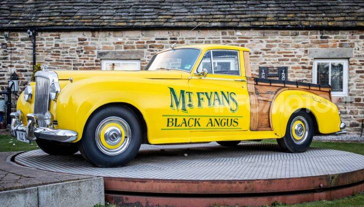 Bentley, non solo SUV: ecco il pick-up di lusso - Foto 1 di 23