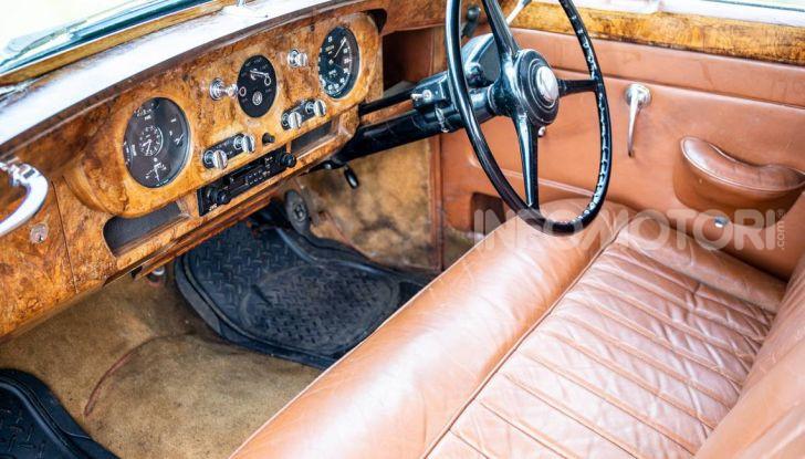 Bentley, non solo SUV: ecco il pick-up di lusso - Foto 20 di 23