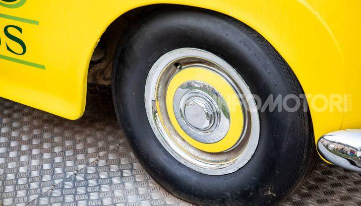 Bentley, non solo SUV: ecco il pick-up di lusso - Foto 11 di 23