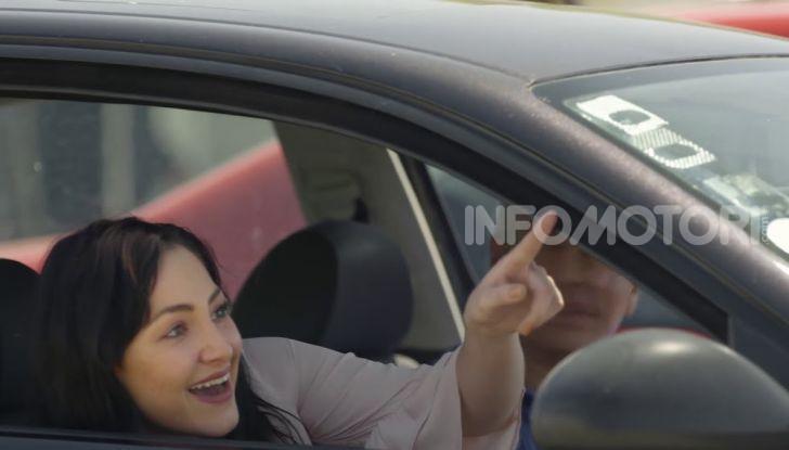 """Burger King lancia le consegne a chi è bloccato nel traffico con """"Traffic Jam Whopper"""" - Foto 10 di 12"""