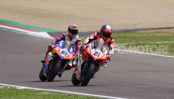SBK 2019 GP d'Italia: a Imola Jonathan Rea rompe il dominio di Bautista e della Ducati - Foto 21 di 35