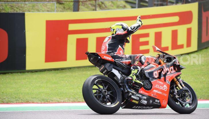 SBK 2019 GP d'Italia: a Imola Jonathan Rea rompe il dominio di Bautista e della Ducati - Foto 3 di 35