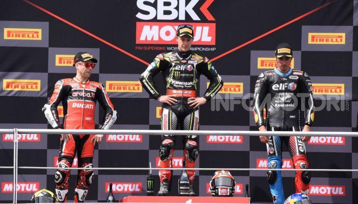 SBK 2019 GP d'Italia: a Imola Jonathan Rea rompe il dominio di Bautista e della Ducati - Foto 13 di 35