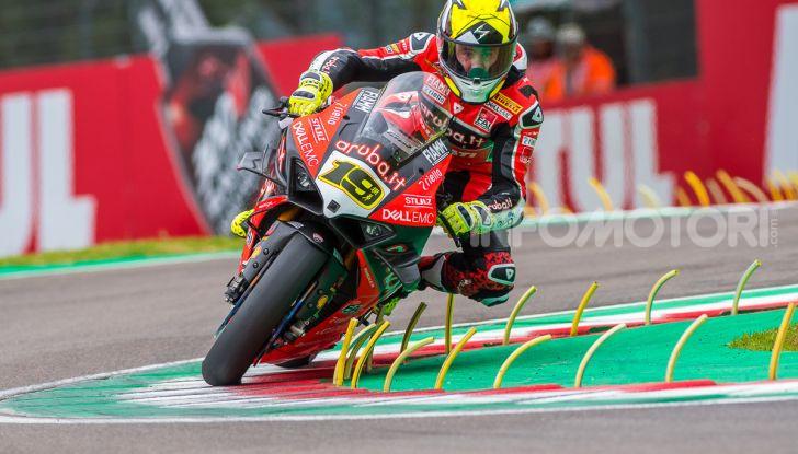 SBK 2019 GP d'Italia: a Imola Jonathan Rea rompe il dominio di Bautista e della Ducati - Foto 31 di 35