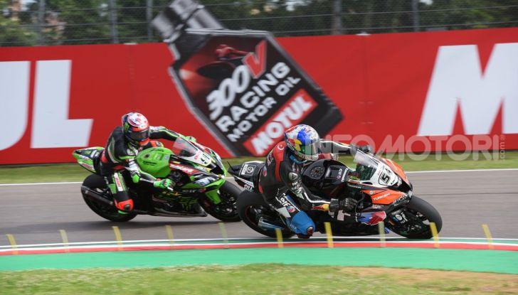 SBK 2019 GP d'Italia: a Imola Jonathan Rea rompe il dominio di Bautista e della Ducati - Foto 4 di 35
