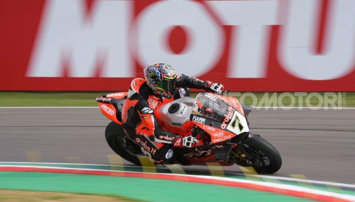 SBK 2019 GP d'Italia: a Imola Jonathan Rea rompe il dominio di Bautista e della Ducati - Foto 12 di 35