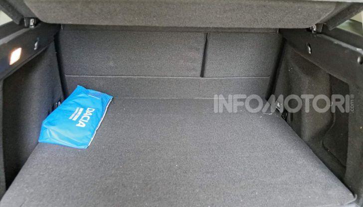 Prova doppia tra SUV best seller: Dacia Duster e Ford EcoSport - Foto 4 di 47
