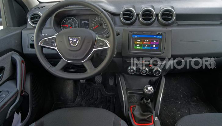 Prova doppia tra SUV best seller: Dacia Duster e Ford EcoSport - Foto 6 di 47