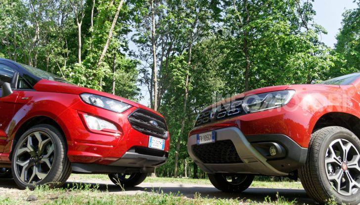 Prova doppia tra SUV best seller: Dacia Duster e Ford EcoSport - Foto 20 di 47