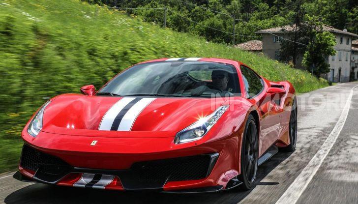 La Ferrari 488 Hybrid 2019 debutta a Maranello: 1.000CV di potenza ibrida - Foto 10 di 13