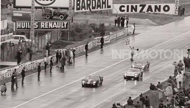 Le Mans, il Film Ford v. Ferrari con Matt Damon e Christian Bale al cinema - Foto 7 di 10