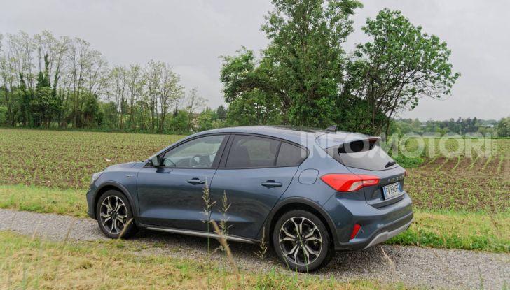 [VIDEO] Prova Ford Focus Active, la berlina che gioca alla crossover! - Foto 16 di 48