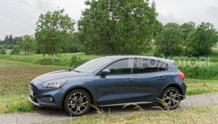 [VIDEO] Prova Ford Focus Active, la berlina che gioca alla crossover! - Foto 18 di 48