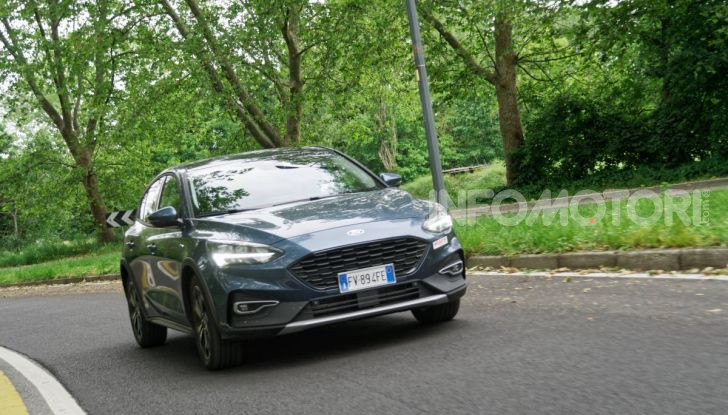 [VIDEO] Prova Ford Focus Active, la berlina che gioca alla crossover! - Foto 36 di 48