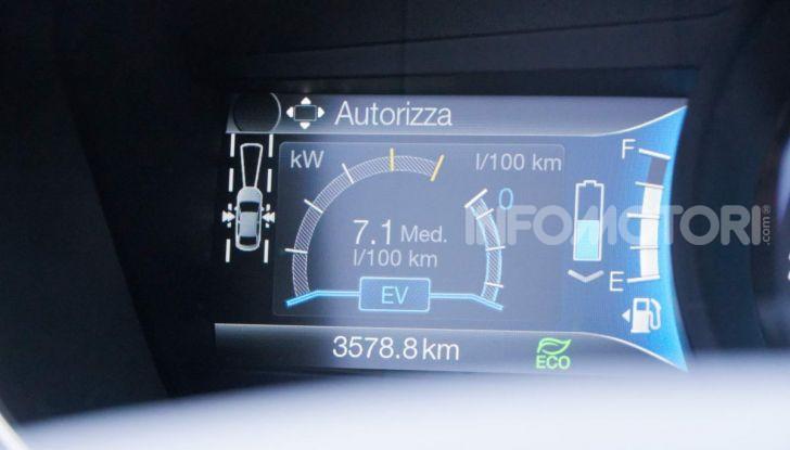 Prova video Ford Mondeo Hybrid 2.0 SW Vignale 2019, ottimi consumi reali! - Foto 10 di 61