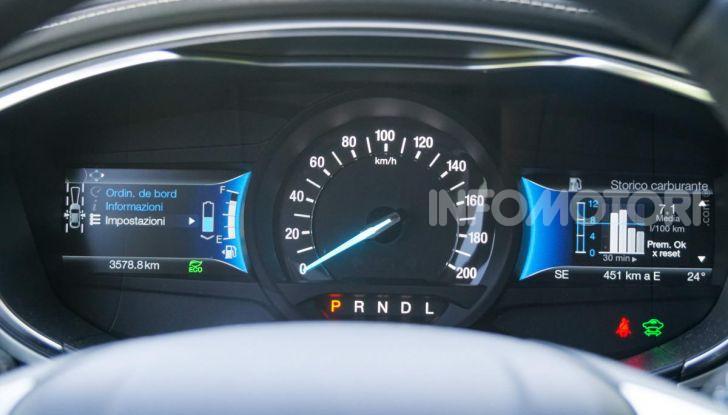 Prova video Ford Mondeo Hybrid 2.0 SW Vignale 2019, ottimi consumi reali! - Foto 15 di 61