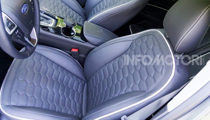 Prova video Ford Mondeo Hybrid 2.0 SW Vignale 2019, ottimi consumi reali! - Foto 19 di 61