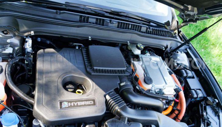 Prova video Ford Mondeo Hybrid 2.0 SW Vignale 2019, ottimi consumi reali! - Foto 27 di 61