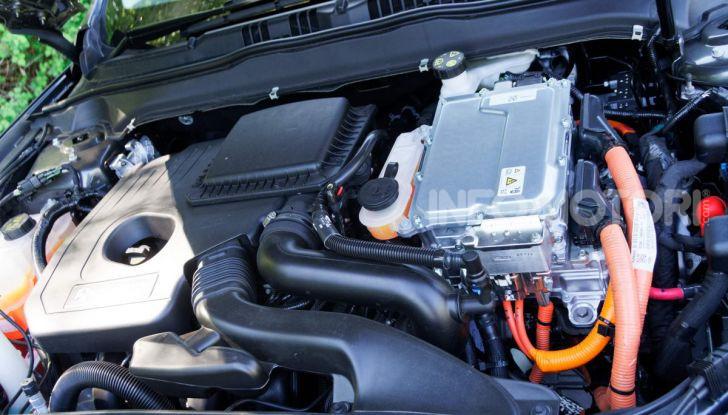 Prova video Ford Mondeo Hybrid 2.0 SW Vignale 2019, ottimi consumi reali! - Foto 29 di 61