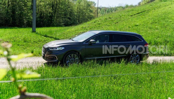 Prova video Ford Mondeo Hybrid 2.0 SW Vignale 2019, ottimi consumi reali! - Foto 44 di 61
