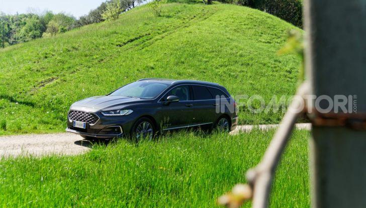 Prova video Ford Mondeo Hybrid 2.0 SW Vignale 2019, ottimi consumi reali! - Foto 45 di 61