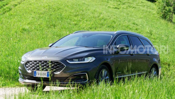 Prova video Ford Mondeo Hybrid 2.0 SW Vignale 2019, ottimi consumi reali! - Foto 46 di 61
