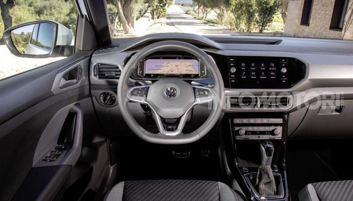 Volkswagen T-Cross ora con motore Turbodiesel quattro cilindri 1.6 TDI - Foto 1 di 10