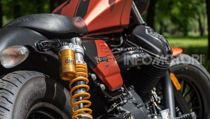 Prova su strada Moto Guzzi V9 Bobber Sport, quando l'estetica si unisce alla sostanza - Foto 23 di 48