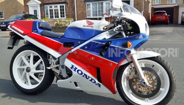 Honda VFR750R – RC30: Il sogno di Soichiro Honda - Foto 10 di 14