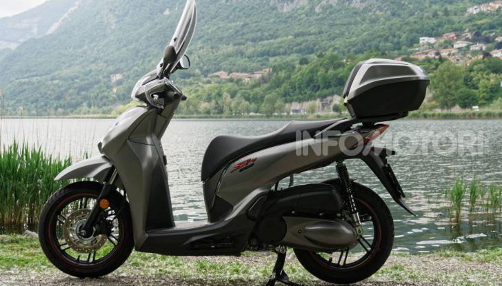 Prova Honda SH300i Sport, sempre il primo della classe! - Foto 2 di 55