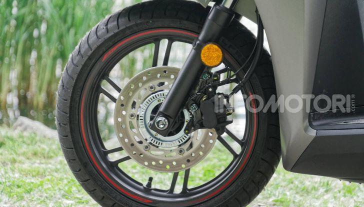 Prova Honda SH300i Sport, sempre il primo della classe! - Foto 3 di 55