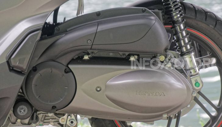 Prova Honda SH300i Sport, sempre il primo della classe! - Foto 5 di 55