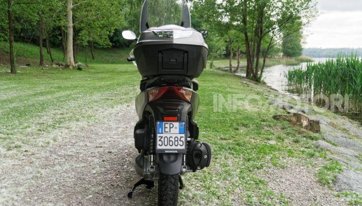 Prova Honda SH300i Sport, sempre il primo della classe! - Foto 17 di 55