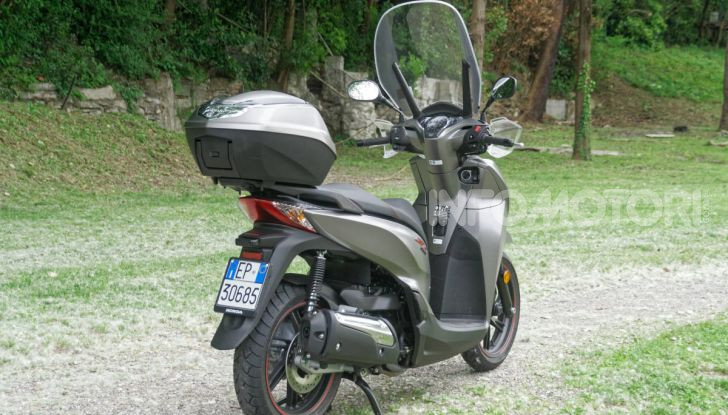 Prova Honda SH300i Sport, sempre il primo della classe! - Foto 20 di 55
