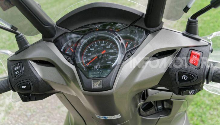 Prova Honda SH300i Sport, sempre il primo della classe! - Foto 26 di 55