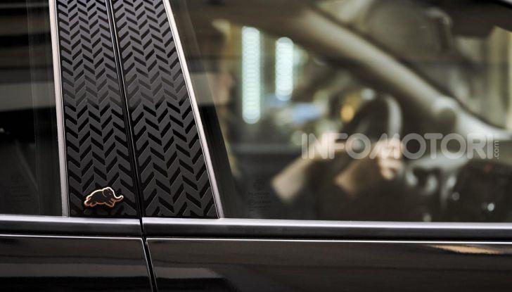 Lancia Ypsilon Black and Noir, serie speciale da 9.100 euro - Foto 26 di 40