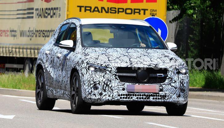 Mercedes GLA 2021, prime informazioni e foto della seconda generazione - Foto 1 di 26