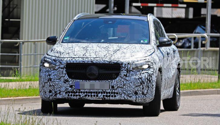 Mercedes GLA 2021, prime informazioni e foto della seconda generazione - Foto 9 di 26
