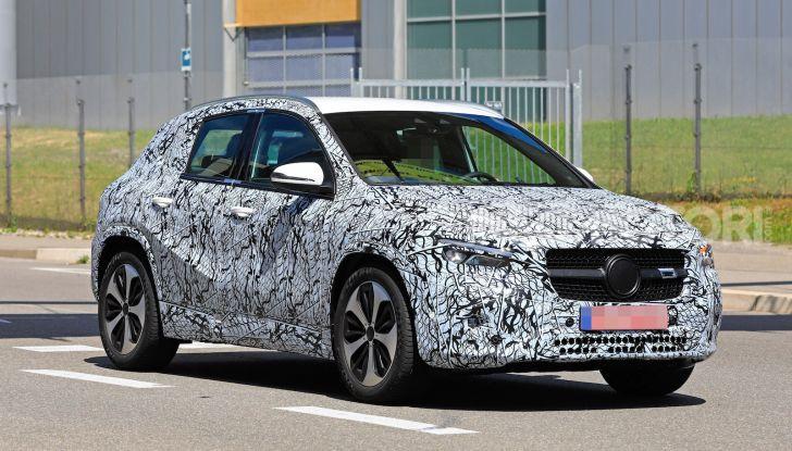 Mercedes GLA 2021, prime informazioni e foto della seconda generazione - Foto 10 di 26