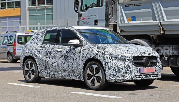 Mercedes GLA 2021, prime informazioni e foto della seconda generazione - Foto 11 di 26
