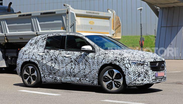 Mercedes GLA 2021, prime informazioni e foto della seconda generazione - Foto 2 di 26