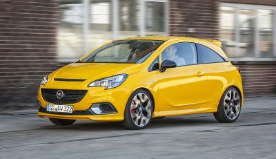 Opel Corsa GSi, la piccola tedesca diventa sportiva