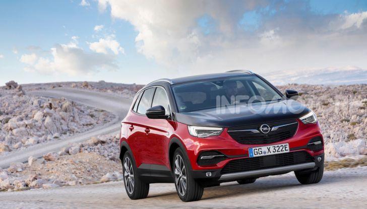 Opel Grandland X: arriva l'ibrido plug-in con trazione anteriore - Foto 2 di 12