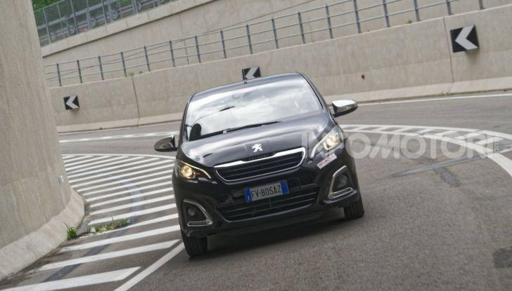 [VIDEO] Prova nuova Peugeot 108 2019: piccola grande citycar! - Foto 5 di 50