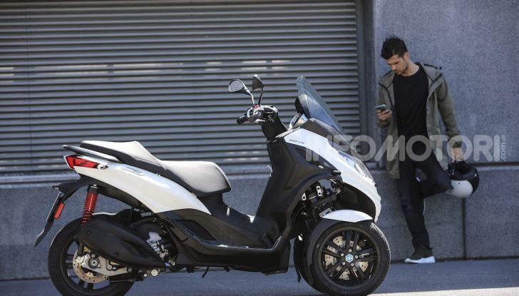 Piaggio MP3 300 hpe: il tre ruote più famoso al mondo ancora più agile e sportivo - Foto 23 di 60