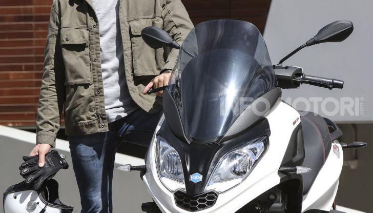 Piaggio MP3 300 hpe: il tre ruote più famoso al mondo ancora più agile e sportivo - Foto 31 di 60
