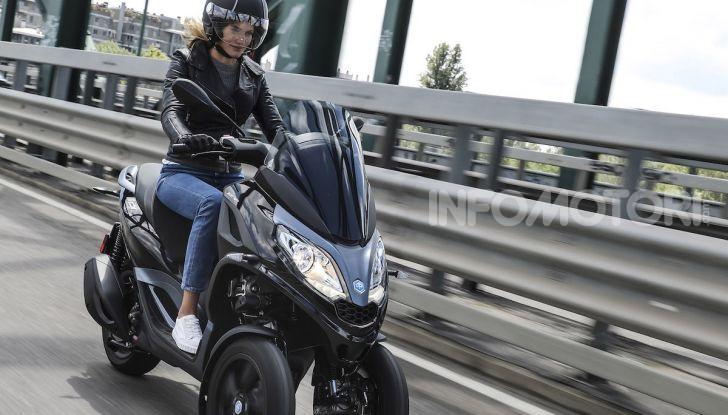 Piaggio MP3 300 hpe: il tre ruote più famoso al mondo ancora più agile e sportivo - Foto 47 di 60