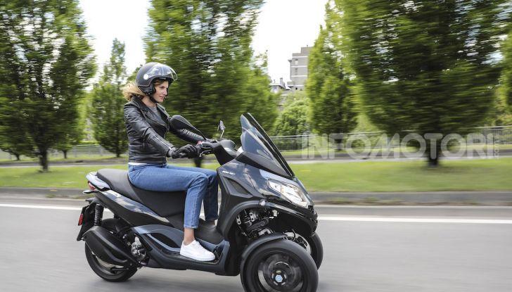Piaggio MP3 300 hpe: il tre ruote più famoso al mondo ancora più agile e sportivo - Foto 48 di 60