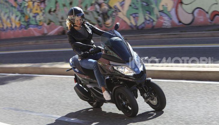 Piaggio MP3 300 hpe: il tre ruote più famoso al mondo ancora più agile e sportivo - Foto 52 di 60
